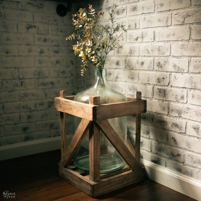 Weathered wood carboy crate | DIY Vintage demijohn bottle crate | DIY weathered wood | How to create weathered wood look using stain | DIY demijohn crate | DIY Farmhouse decor | #TheNavagePatch #DIY #weatheredwood #easydiy #Rustoleumstain #Upcycled # Repurposed #HowTo #Demijohn #Vintage #Farmhousestyle #Farmhousedecor #Farmhouse #myrustoleum| TheNavagePatch.com