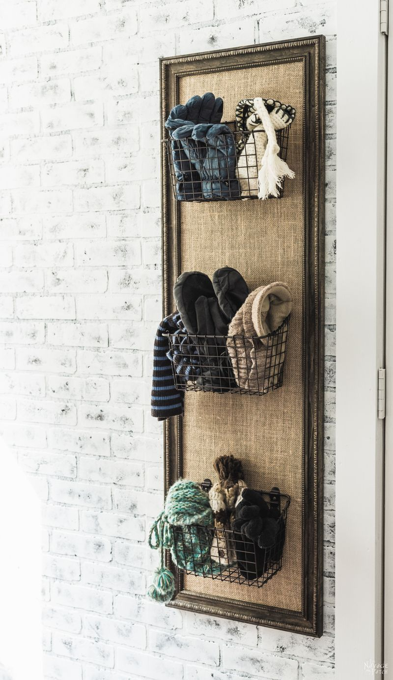 DIY Mudroom Organizer | How to built a rental friendly organizer | Inexpensive DIY furniture | Home decor and organization | #TheNavagePatch #diy #diyfurniture #easydiy #organizer #organization #frame #farmhouse | TheNavagePatch.com