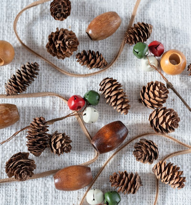 DIY Pine Cone Napkin Rings| How to make a pine cone napkin rings | Easy pine cone Christmas decorations | Upcycled pine cone crafts | Simple Christmas table setting | #TheNavagePatch #DIY #easydiy #pinecone #Upcycled #Repurposed #Christmas # tablescape #Holidaydecor #DIYChristmas #Holidays | TheNavagePatch.com