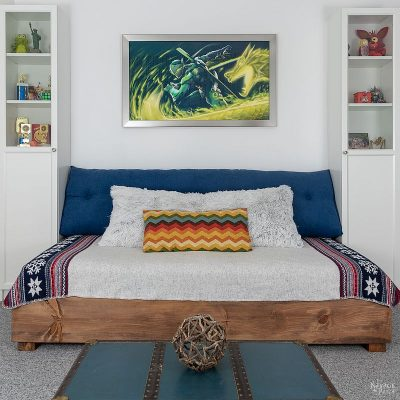 diy daybed between two bookcases