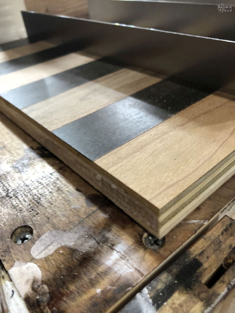 edge of vertical chess board
