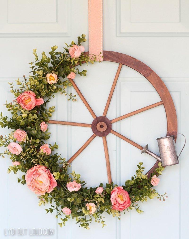 Wagon Wheel Farmhouse Wreath by Lydi Out Loud