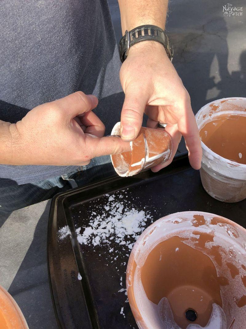 terra cotta pot aged with baking soda