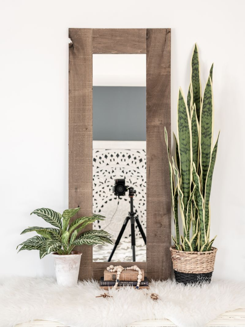 DIY Rustic Mirror Frame | TheNavagePatch.com