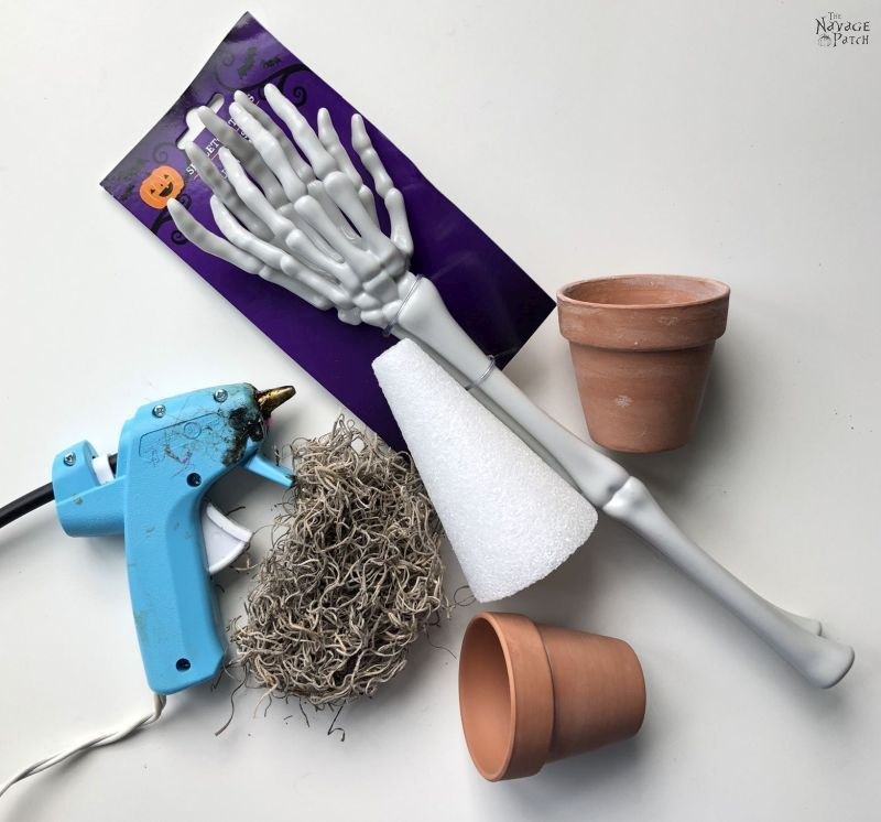 supplies to make a skeleton place card holder