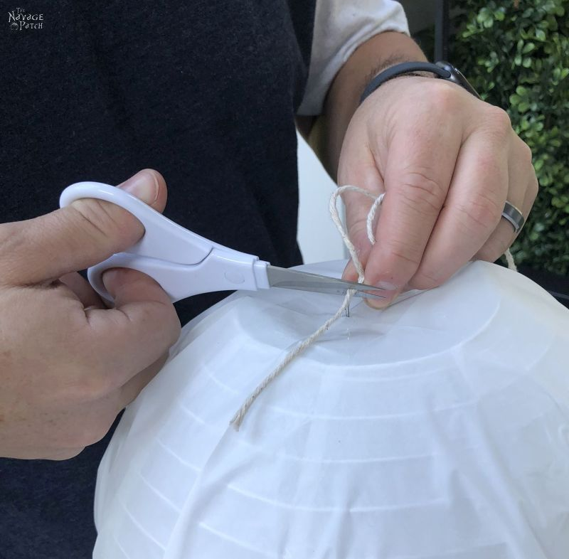cutting string on a hanging ghost