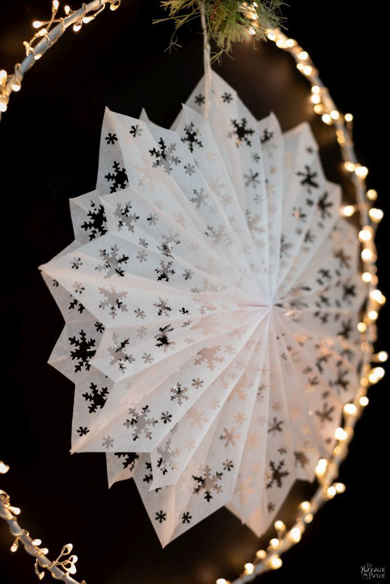 Easy 3-D Paper Snowflake Stars