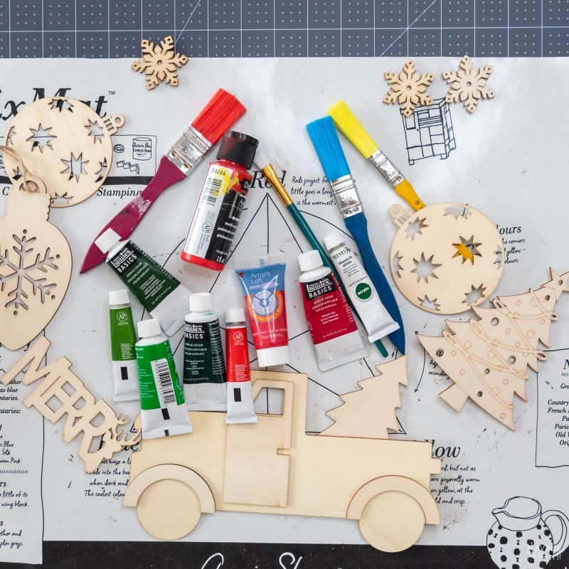 paints to make a christmas countdown