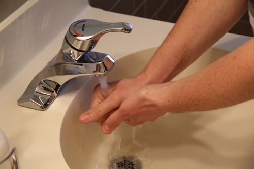 chowline washing hands