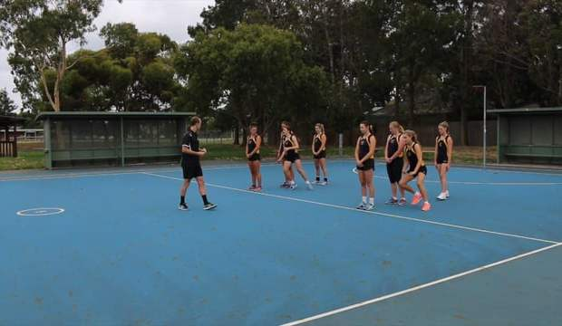 Body dodge relay race drill netball coaching video