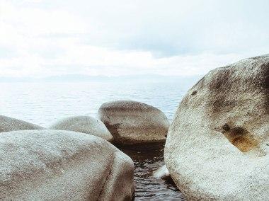 sea-rocks-featured