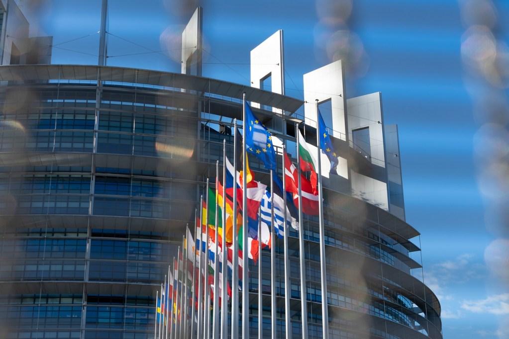 Residence permits for EU citizens