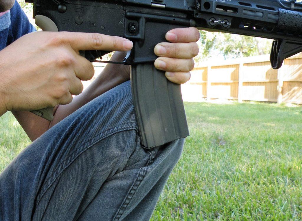 kneeling-carbine