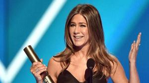 Jennifer Aniston looks back at her 'Friends' days as she bags People's Icon Award