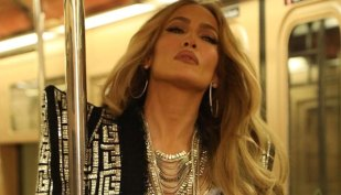 Jennifer Lopez thanks US soldiers guarding Washington DC for their 'services and sacrifices'