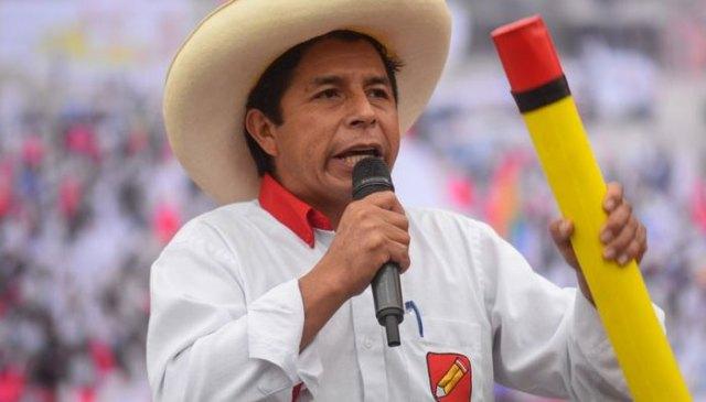 ناقص گاؤں کے اسکول ٹیچر پیڈرو کاسٹیلو پیرو کے صدر بن گئے