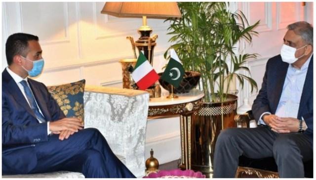 آرمی چیف جنرل قمر جاوید باجوہ سے ملاقات میں اطالوی وزیر خارجہ لوئیگی دی مایو (ایل)