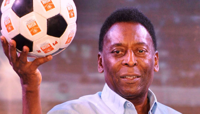 Pele is recovering, says his daughter. FILE PHOTO