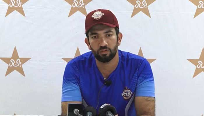 Pakistani batsman Sohaib Maqsood speaks at a press conference. Photo: File