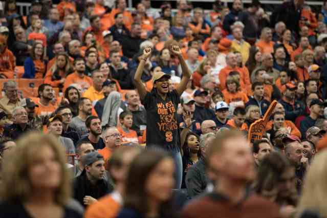 Fans cheer for Syracuse men's basketball