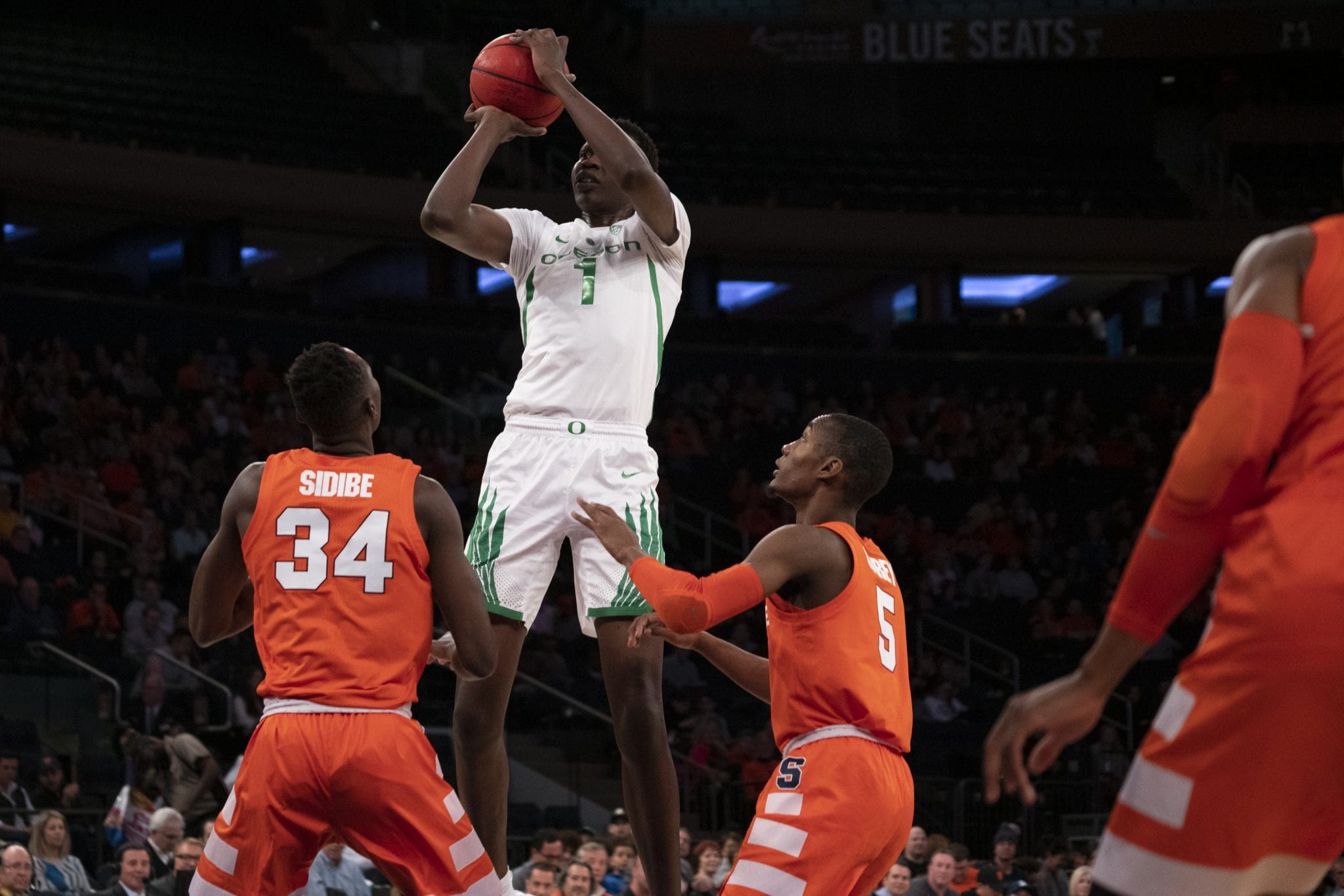 Syracuse Men S Basketball Falls To Oregon In 2k Empire Classic The