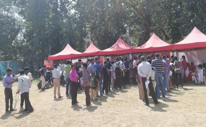Image result for People attending job fair in chennai images
