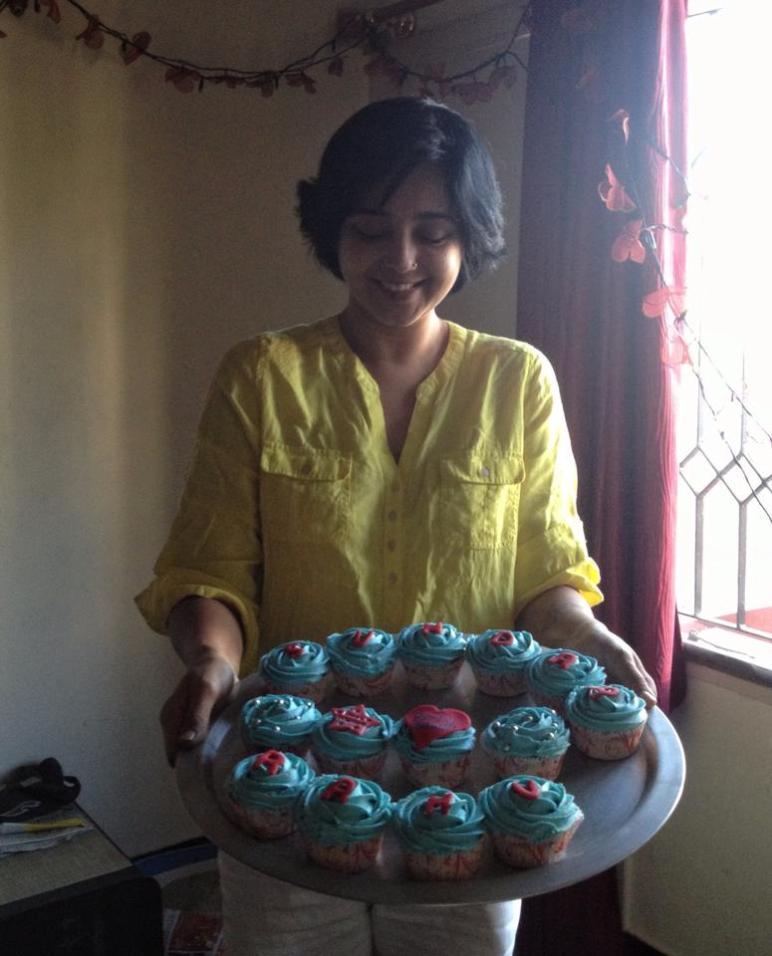 Actor Aishwarya made cupcakes
