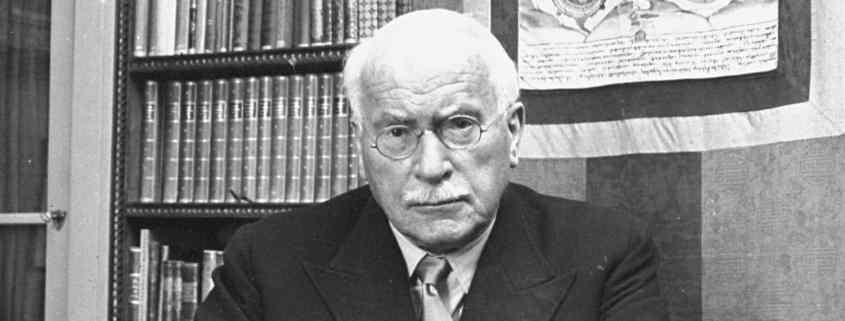 Jung and the Tarot