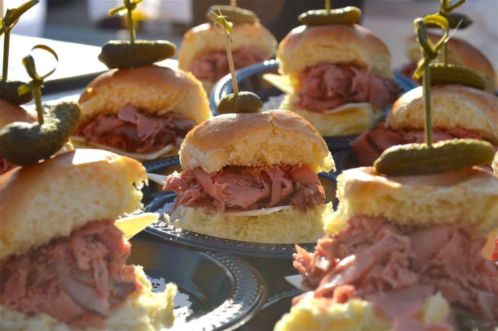 Roast Beef Slider from Mount Vernon Restaurant, Photo: © TNG