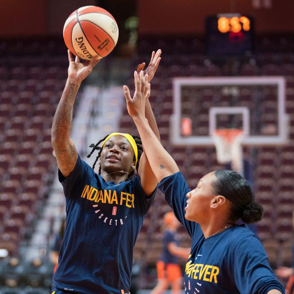 Indiana Fever arrive in Florida for WNBA season