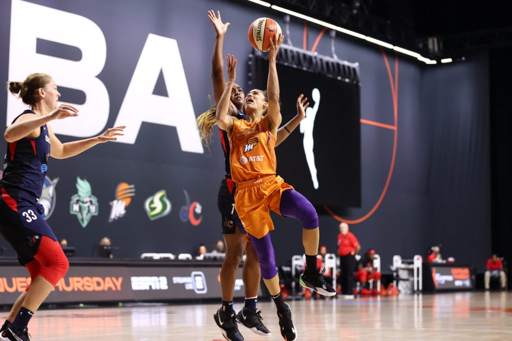 Skylar Diggins-Smith answered the call in her first WNBA playoff win