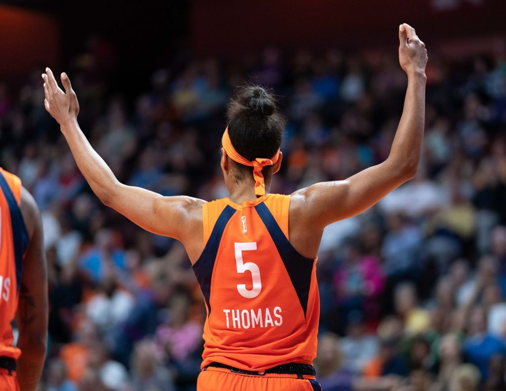 'It's home for me': Jasmine Thomas re-signs with Connecticut
