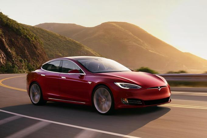 Tesla Driverless Car Crashes in Texas, Killing Two Passengers