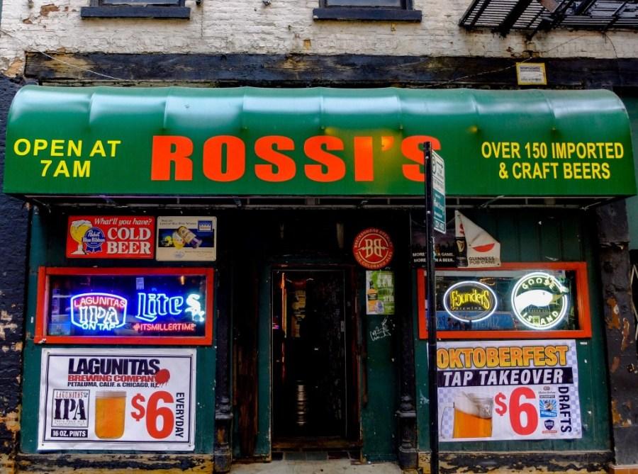 rossi's dive bar entrance