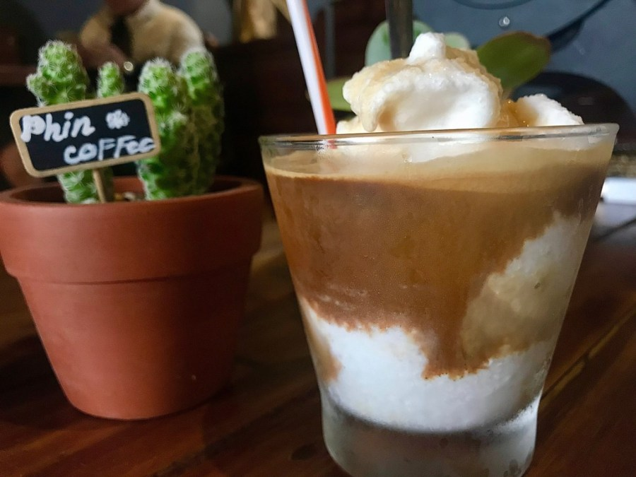 coconut coffee from phin coffee