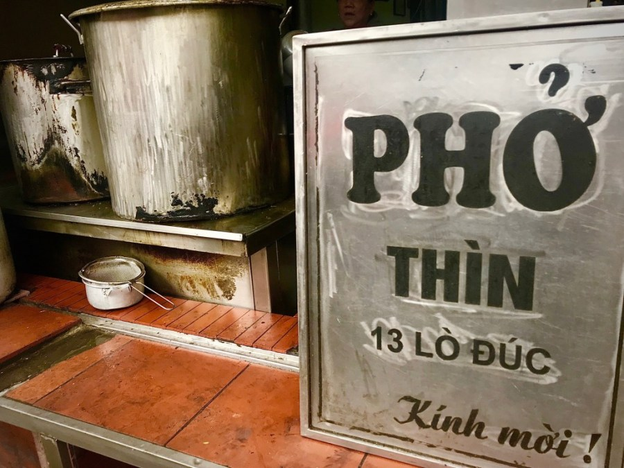 pho thin sign in hanoi