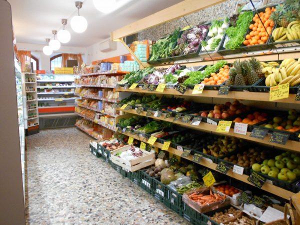 Rialto Biocenter organic health food store in Venice, Italy