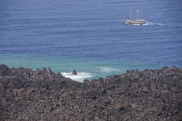 Poseidon boat tour, Santorini