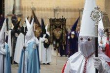 Semana Santa processions - vegan travel in Badajóz