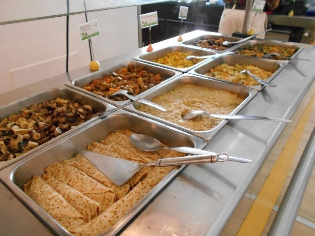 The hot buffet at Salsa Verde