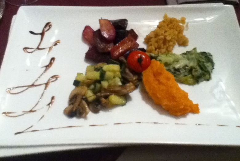 Mixed vegetable dish at Auberge de la Baie, Mont St. Michel - vegan in Normandy