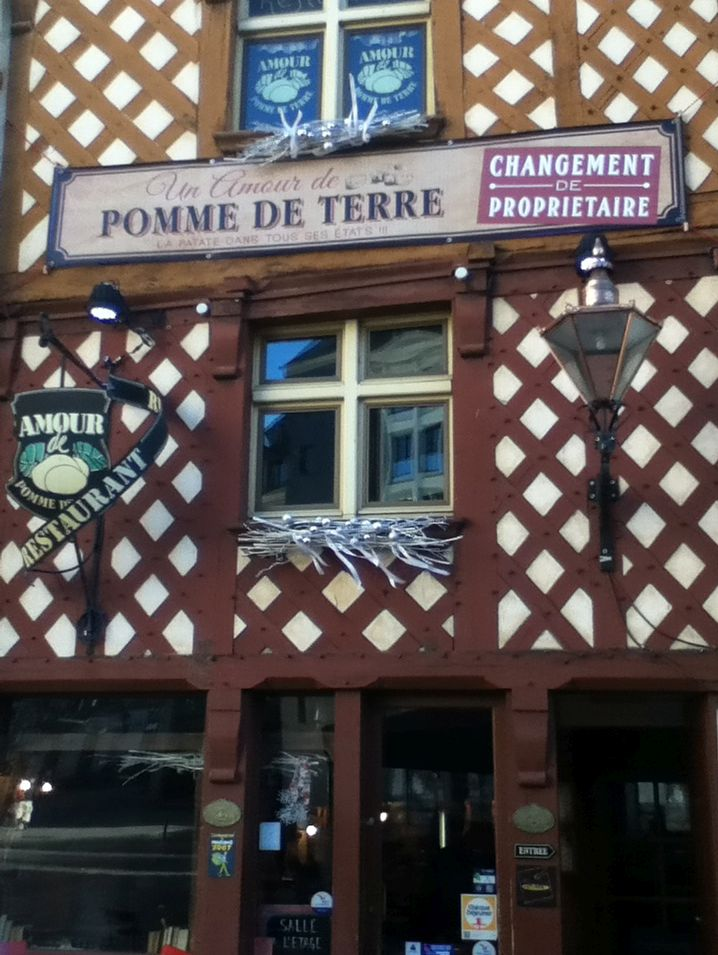 A restaurant for potato lovers in  Rennes  vegan in Normandy