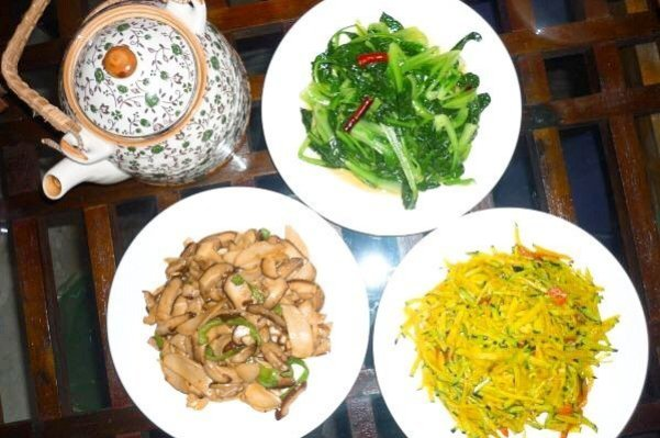 Vegan temple food in the Guanyin temple - Living the China Study