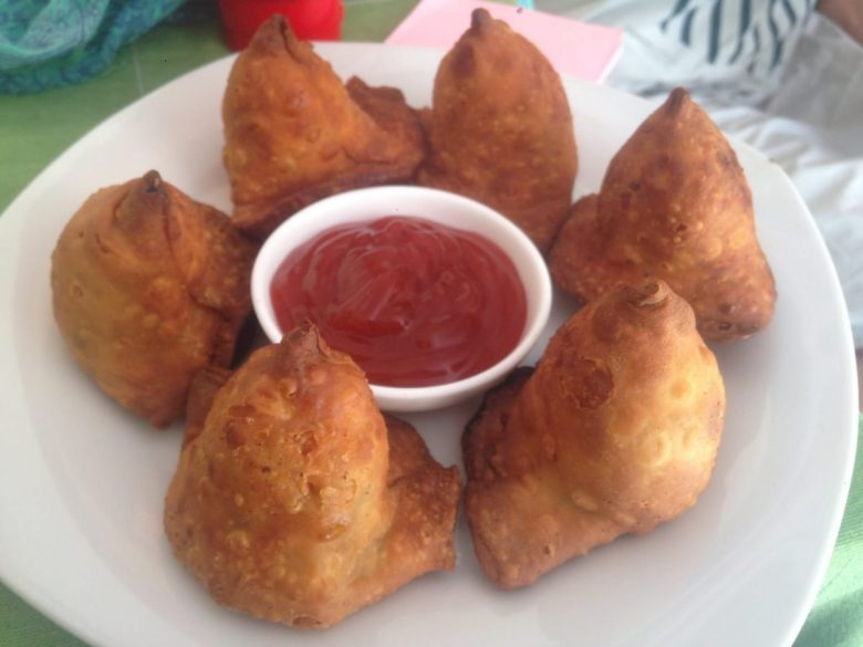 Samosas - how to be vegan in Turkmenistan