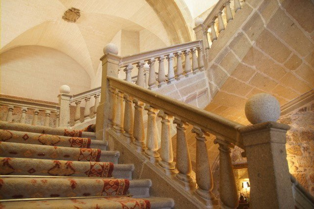 Beautiful staircase inside the Parador Plasencia