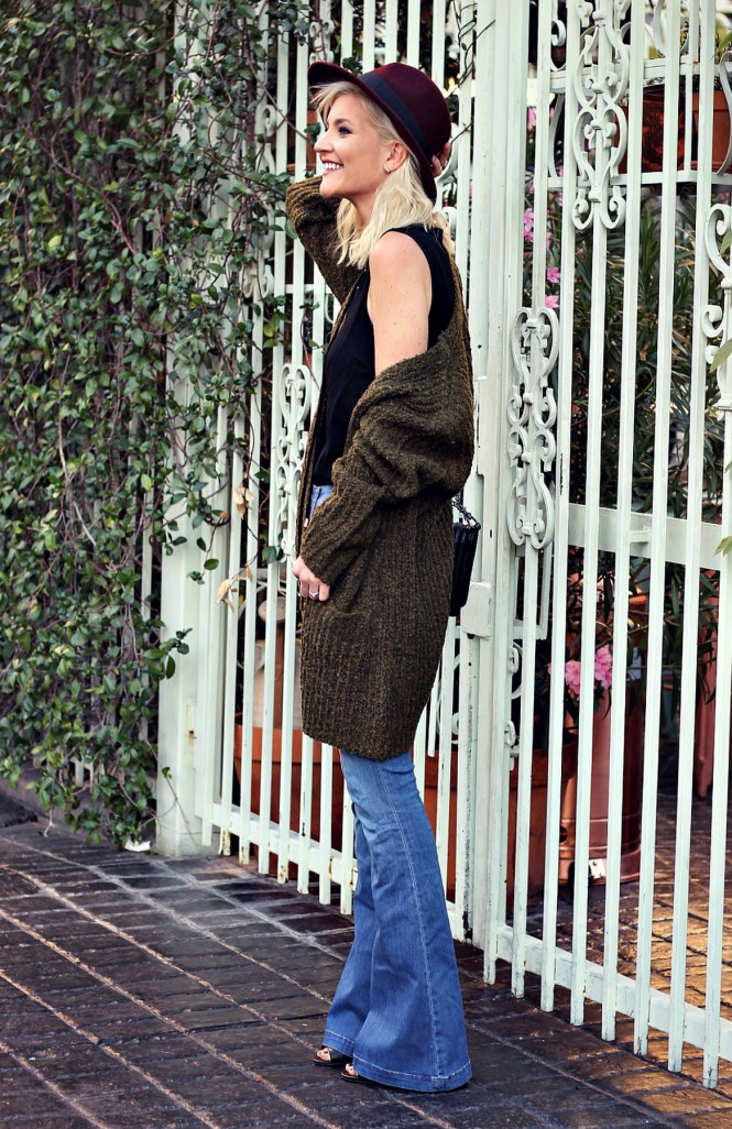black-swan-lace-up-top-fedora-hat-flare-jeas-fall-style-slouchy-sweater-the-nomis-niche-lindsey-simon-3