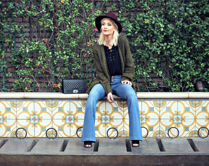 black-swan-lace-up-top-fedora-hat-flare-jeas-fall-style-slouchy-sweater-the-nomis-niche-lindsey-simon-7
