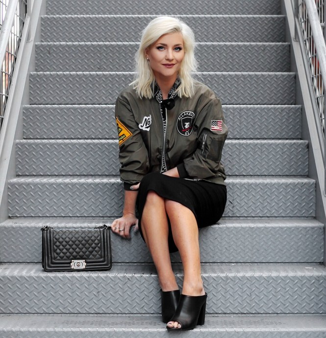 bomber-jacket-pencil-skirt-bandana-las-vegas-blogger-the-nomis-niche-lindsey-simon-6