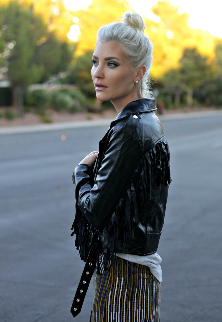 fringe-jacket-fall-style-fall-outfit-las-vegas-blogger-the-nomis-niche-lindsey-simon-5