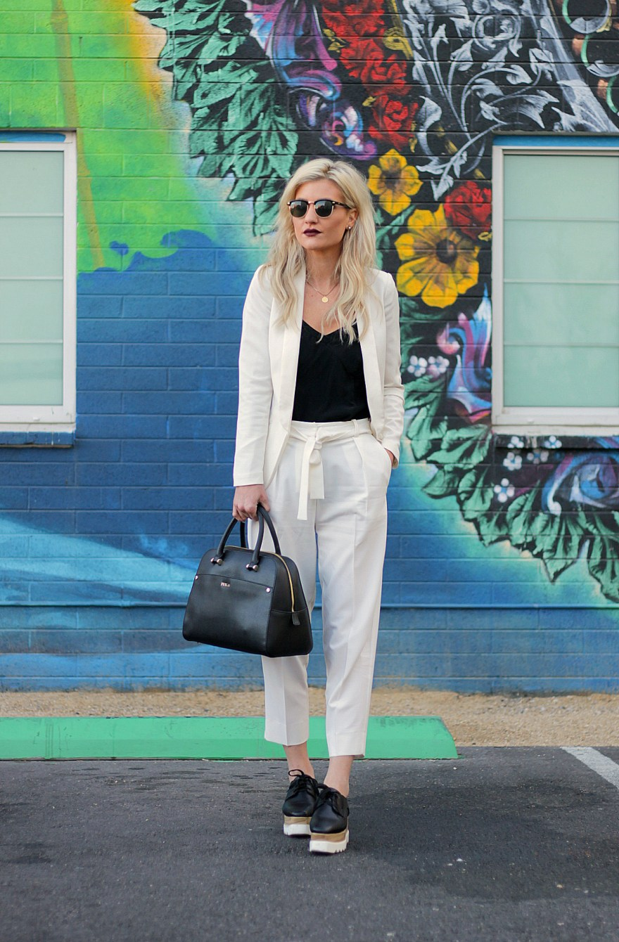 all, white, pant suit, womens suit, spring, style, summer, how, to, wear, inspo, ideas, outfit, fashion, trend, platform, oxfords, shoes, work, outfit, workwear, blogger, the nomis niche, lindsey simon